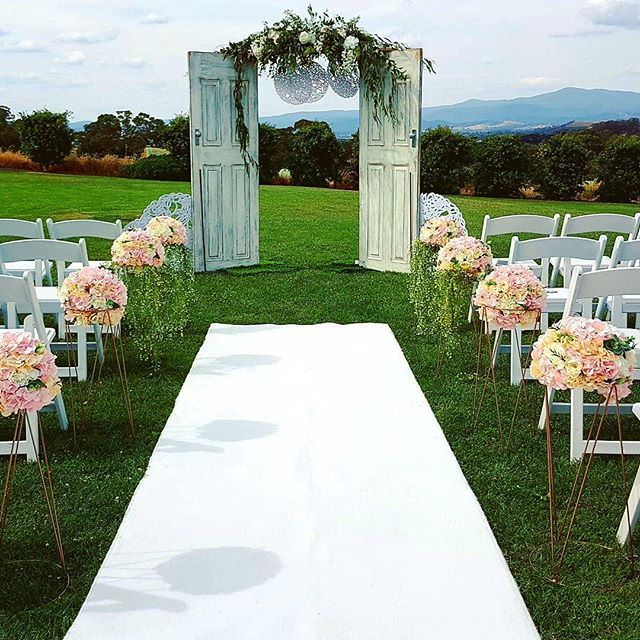 Wedding Altar Hire Melbourne: Wedding Arch Hire In Melbourne And Victoria Wide. A Huge
