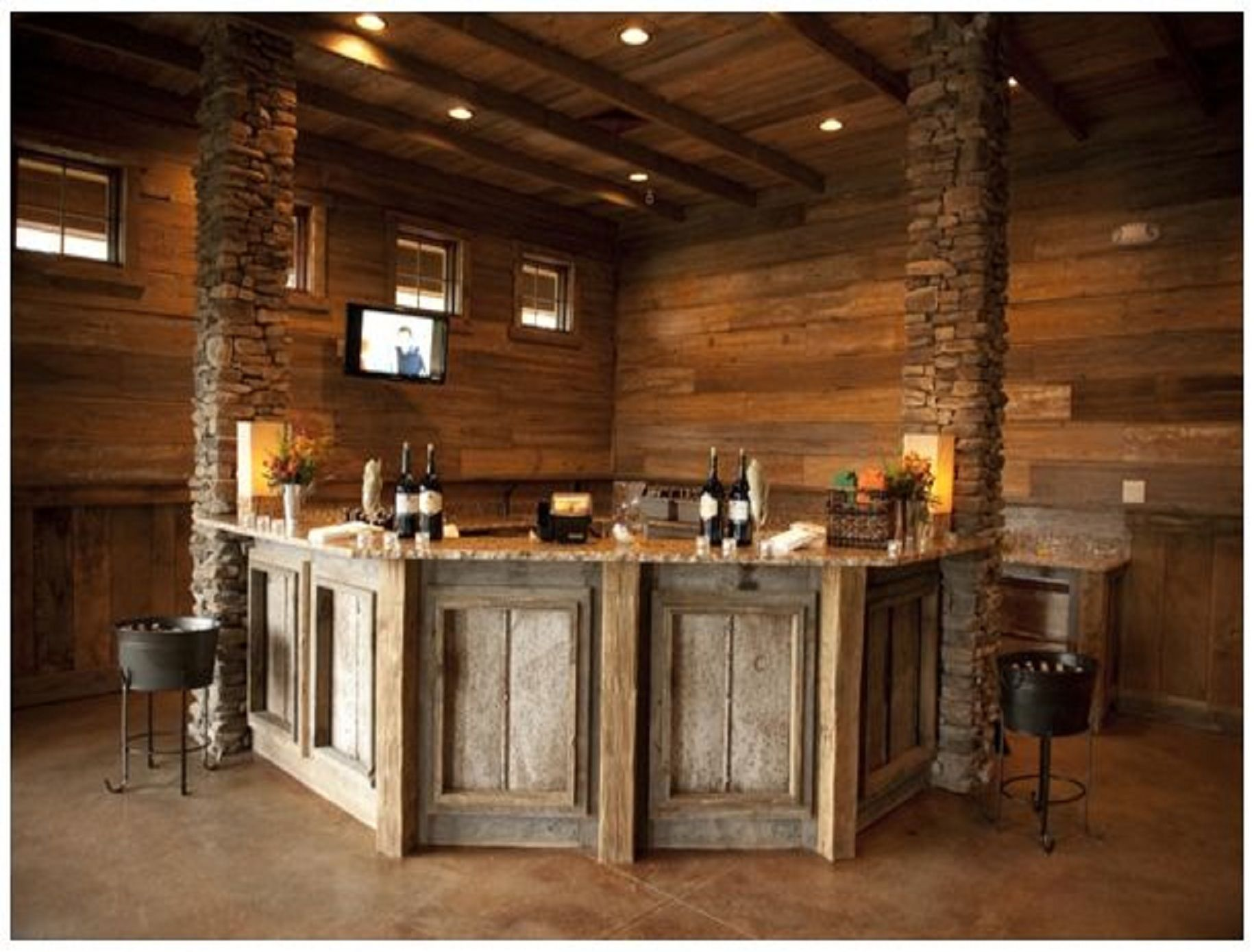 Corner Pallet Bar Mancave Rustic Basement Bar Diy Home Bar