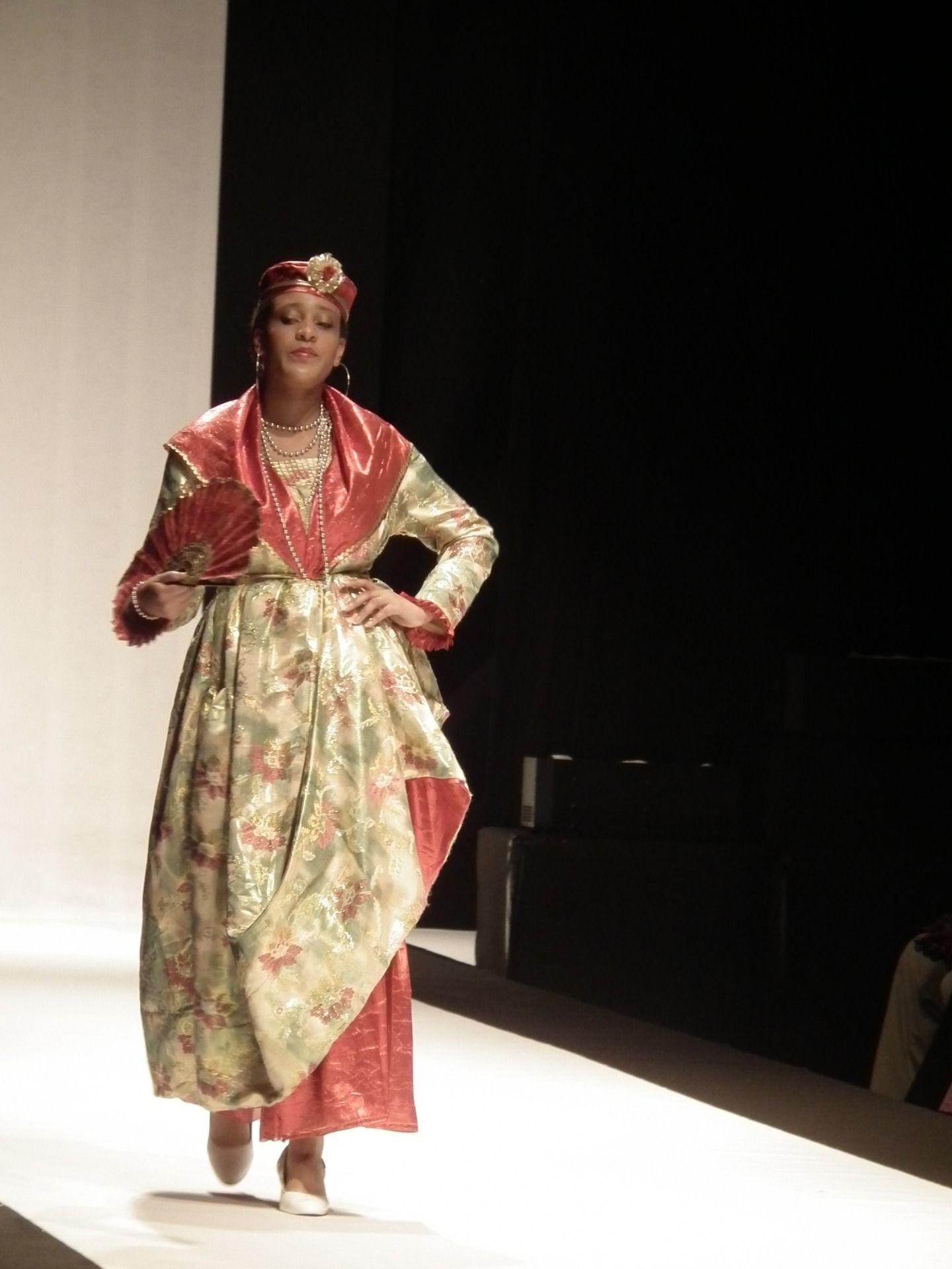 Robe pour la grand mere dela mariee