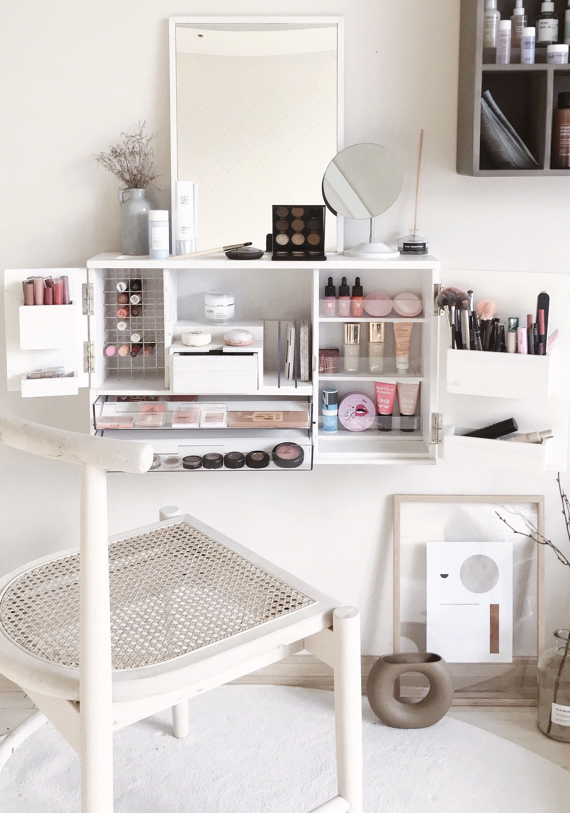 Best Makeup Cosmetic Organizer Vanity In 2020 In 2020 Makeup