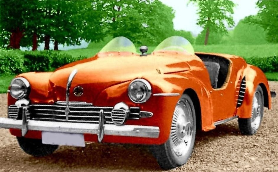 1952 Renault 4cv Beauffort Coupe 747cc In 1952 The French Count Geoffroy De Beauffort Made Some Modified Designs O Voiture Renault Renault Voitures Bizarres
