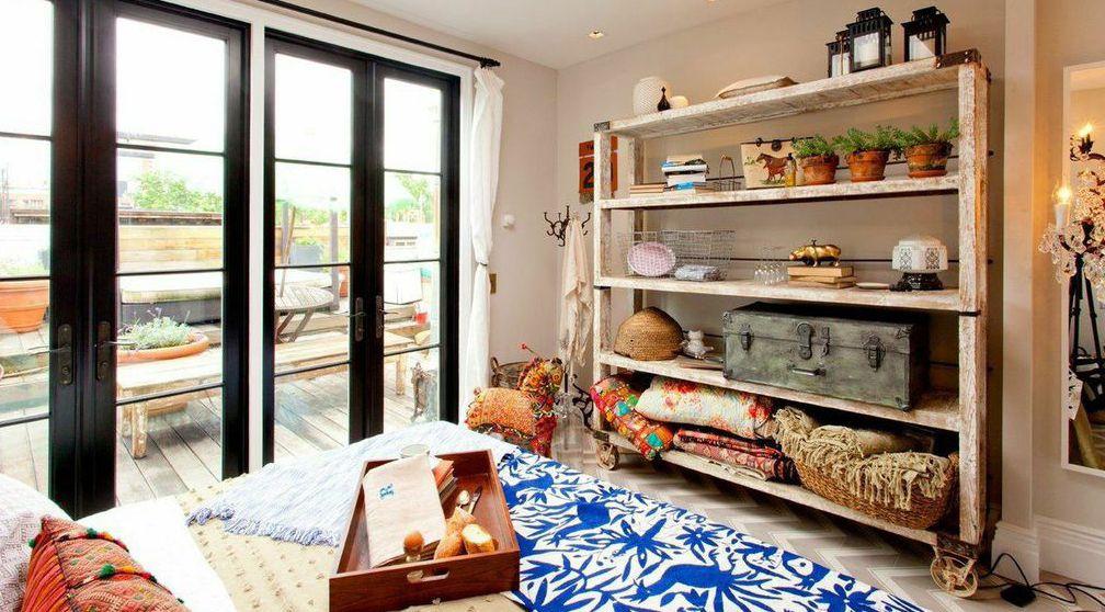 Genevieve S Renovation Genevieve Gorder Bedroom Storage Inspiration Interior Design Bedroom Design