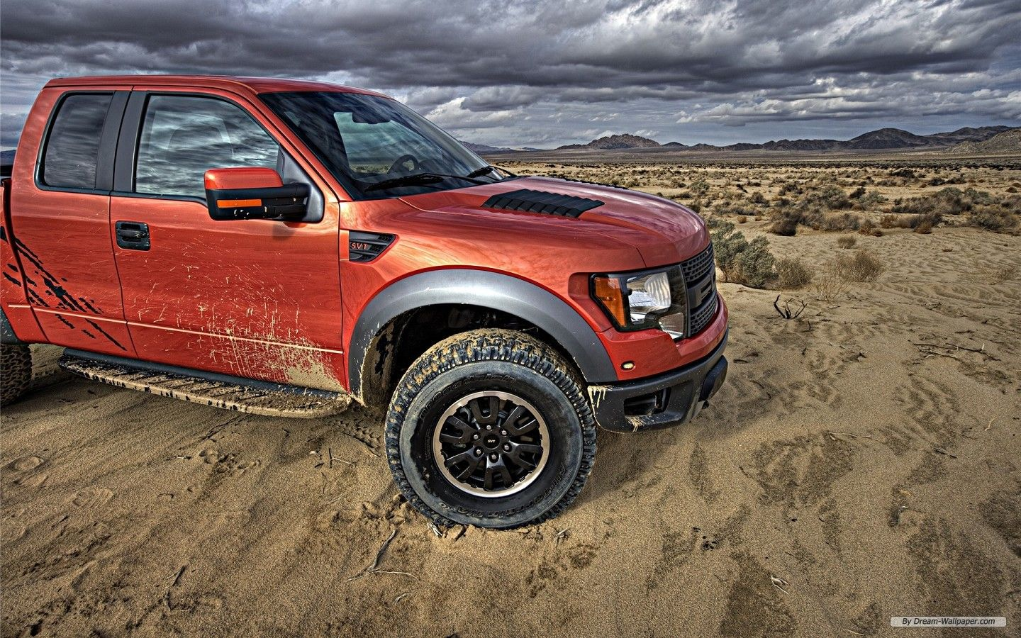 There Aren T Very Many New Trucks That I Like But I Love The Raptor Ford Raptor Ford F150 Raptor