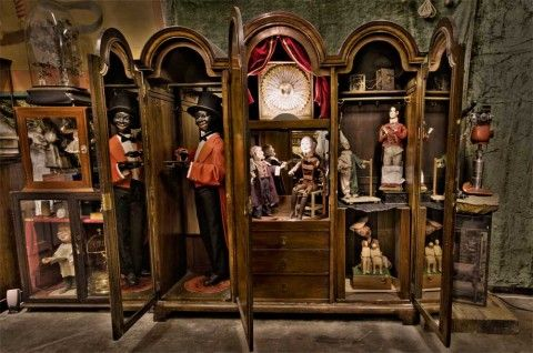 Victorian Curiosity Cabinets Click To Share On Twitter Opens In New Window