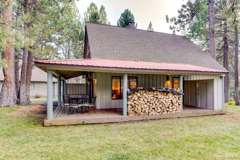 Modern Cabin In The Woods Near Deschutes River In Sunriver