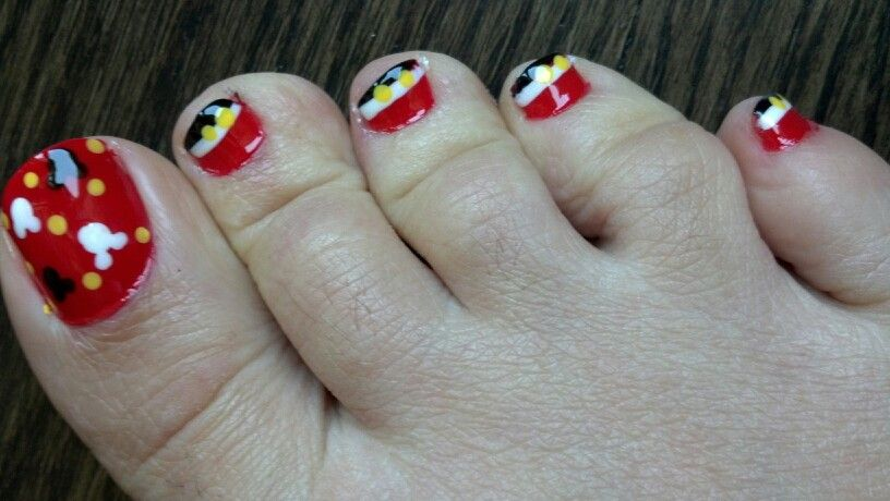 Mickey mouse nail design   Things I love   Pinterest