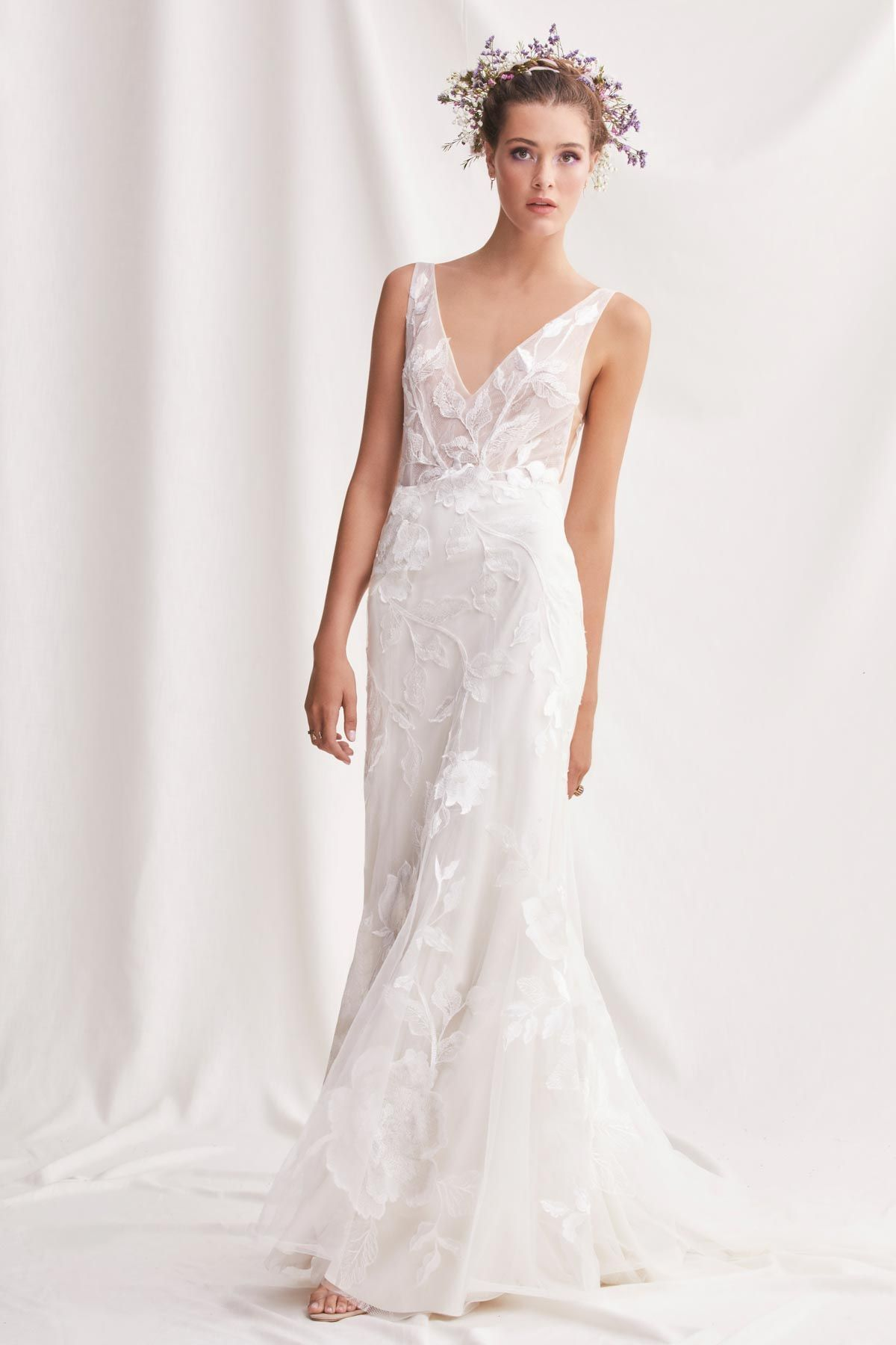 Honor By Willowby 2019 Willowby Collection Love Her Madly Collection When You Want An Ivory Bridal Gown V Neck Wedding Dress Fit And Flare Wedding Dress