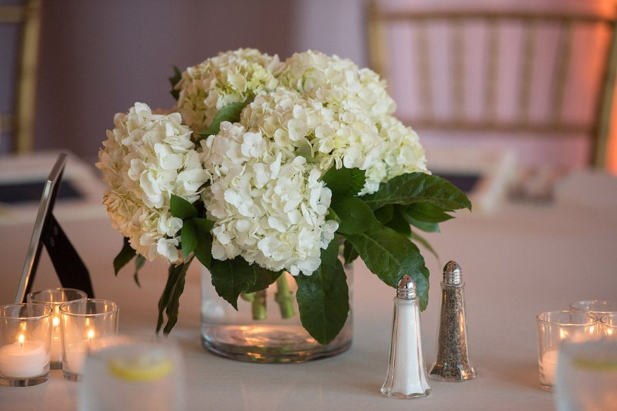 White hydrangea centerpiece again yours will have a leaf