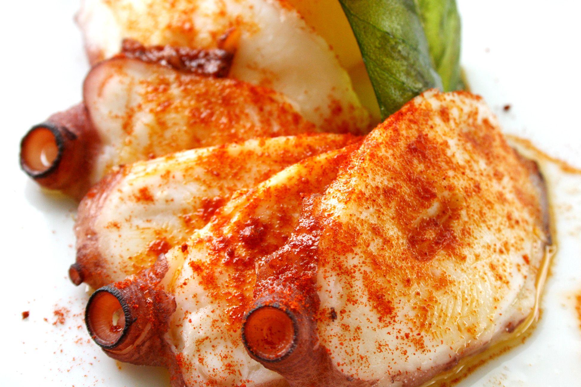 Pulpo A La Gallega Restaurante Río Grande Sevilla Www Riogrande Sevilla Com Platos Tapas Restaurantes
