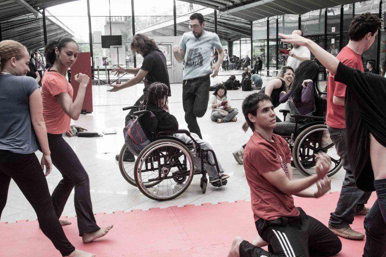 CCSP tem oficina de dança para pessoas com ou sem deficiência