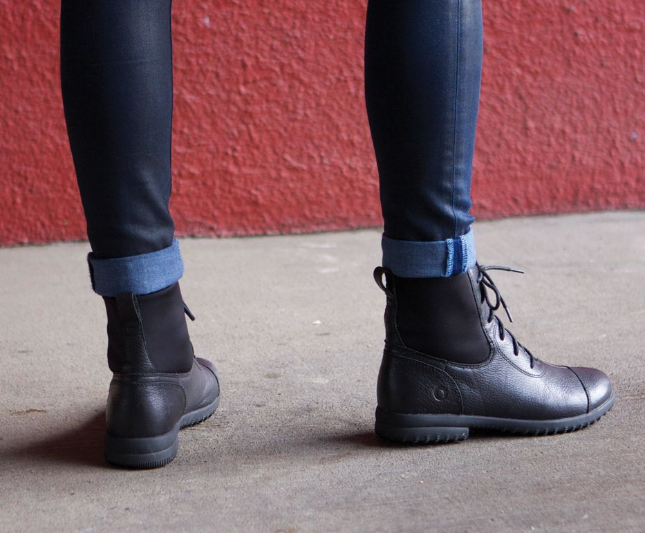 Women's Alexandria Lace Waterproof Leather Boot