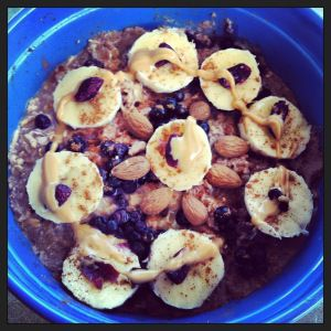 Chocolate Nut-Butter Oatmeal Recipe #delicious #yummy #healthy #fitspo #fitness #cleaneating #cleanfood