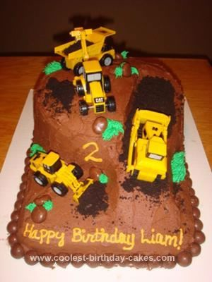 Homemade Construction Cake I Made This Last Year For My Sons 2nd Birthday Started With Frosting A 9 X 13 Rectangular And Adding