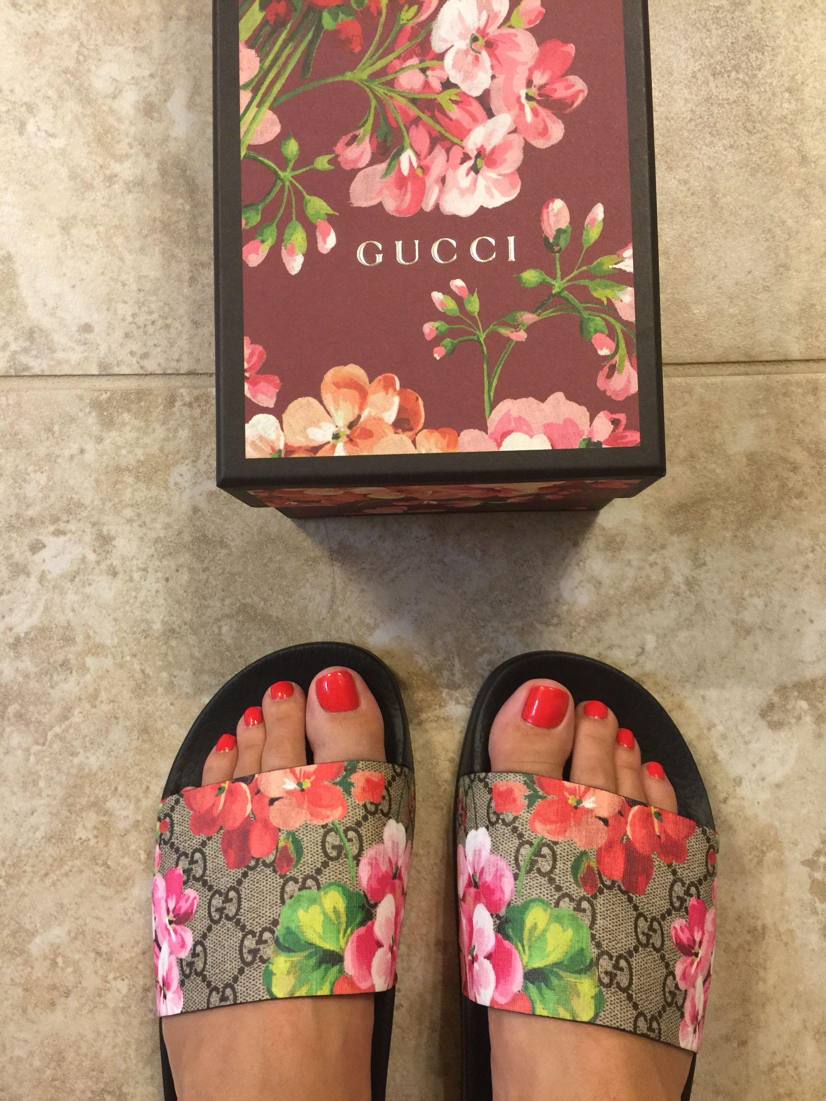 Gucci slides, pink bloom, shoes | Gucci bloom slide ...