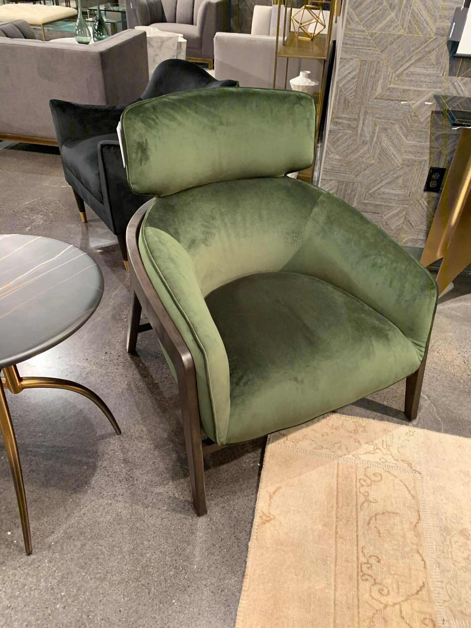 Fauteuil Lucky Velours Vert Lusine Fauteuil Lucky In 2020 Home Decor Furniture Home