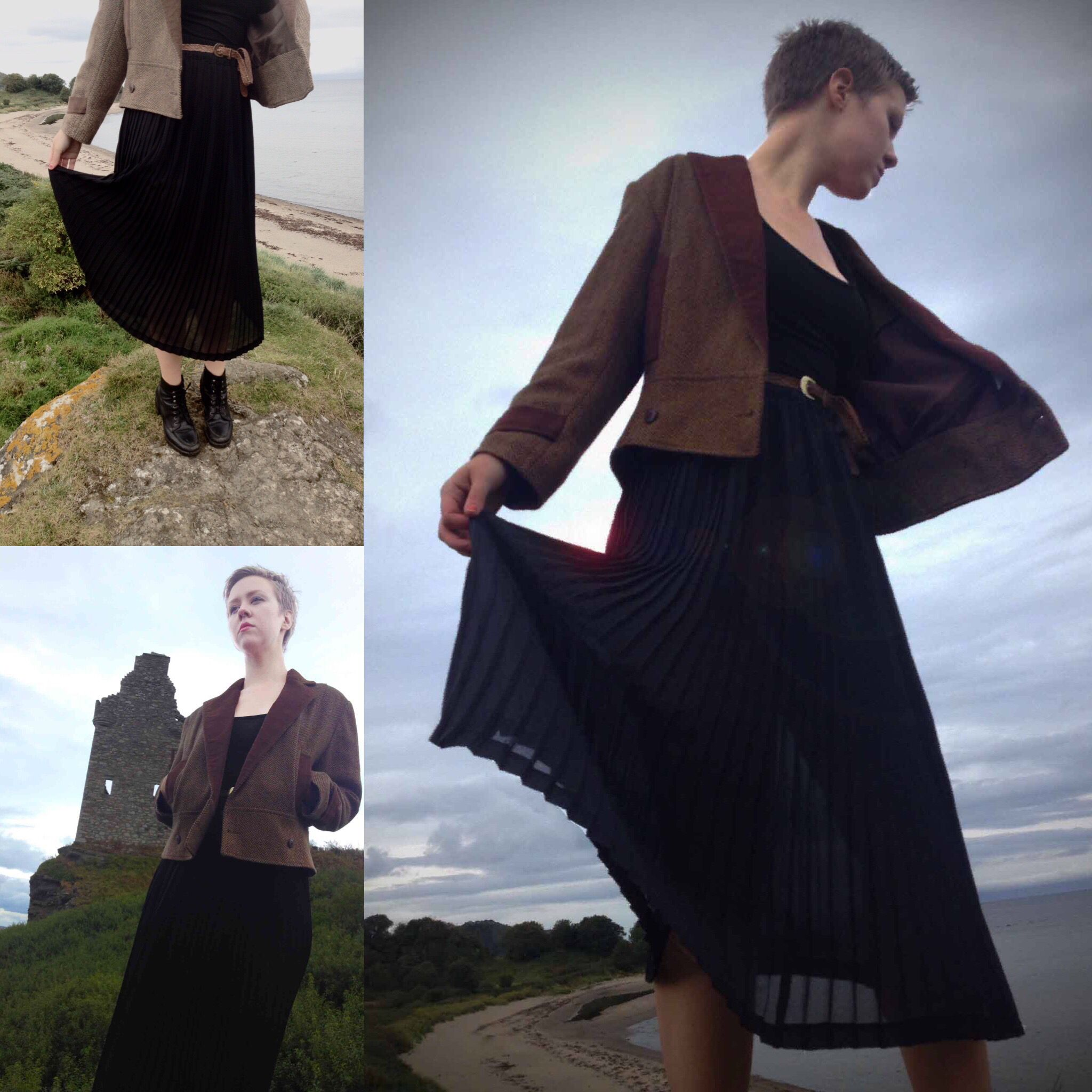 Here are some tasty pleats just for you!! Enjoy and let us know what you think!! 😀😍👌👍👏 #vintage #vintagelook #vintagelove #vintagestyle #vintagefashion #womensvintagefashion #ladiesvintage #womensfashion #vintageblogs #blogs #pleatedskirt #pleated #blackskirt #jacket #vintagejacket #vintageskirt #castleruins #seafront #vintageshop #vintagestore #likeit #morecomingsoon #earstothegroundandeyestotheskiespeople #spreadthelove