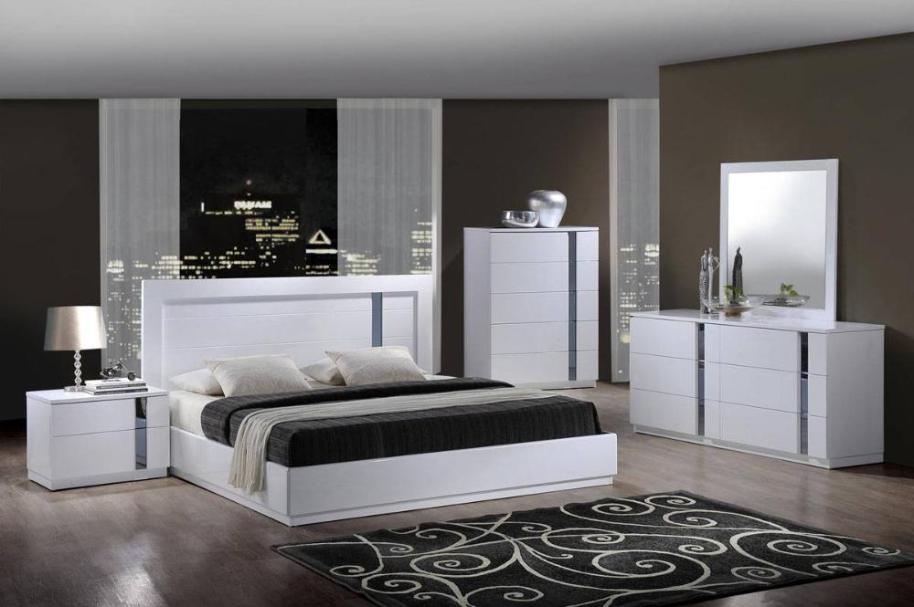 Modern Elegant Bedroom Sets In 2020 Modern Elegant Bedroom Platform Bedroom Sets Bedroom Set Designs