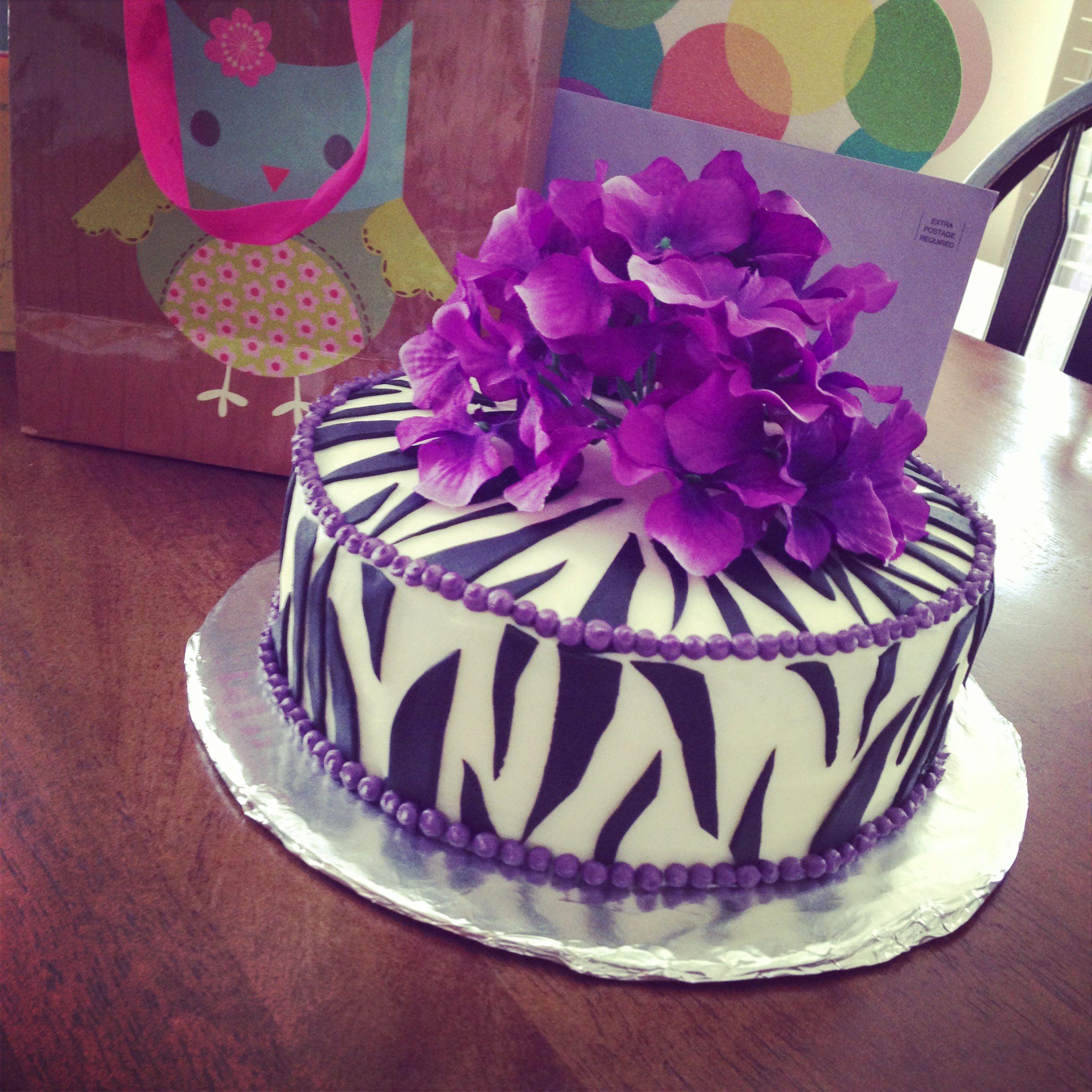 purple zebra bday cake cakes Pinterest Teen birthday cakes