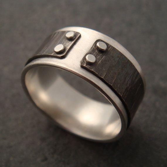 Was dagegen Sie den Lücke-Ring mit gehammerte Linien on Etsy, 71,52€