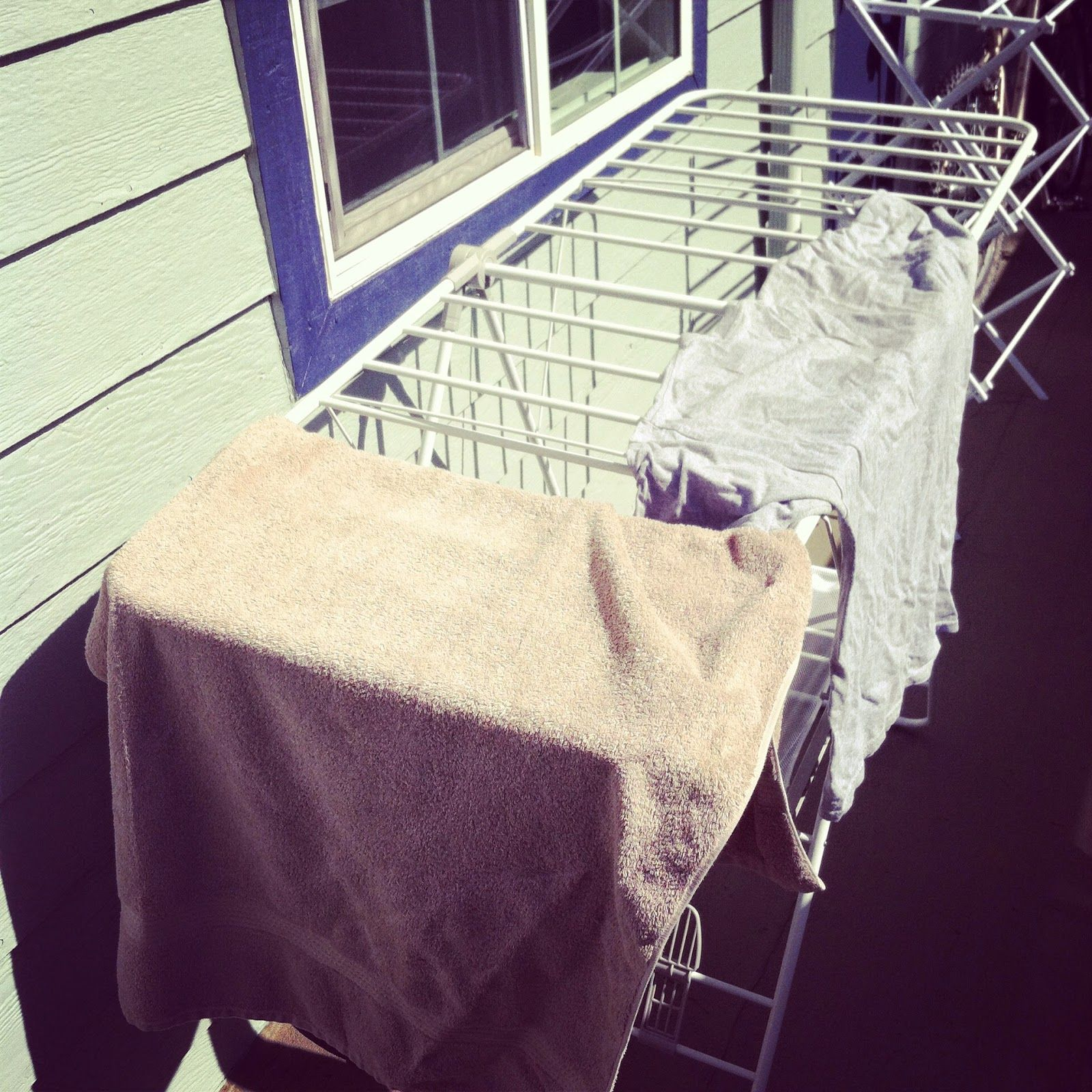Natural Clothes Dryer: Recycle the sun's energy (in Concord, CA) ~ Call I Haul - Rare Treasure Stories