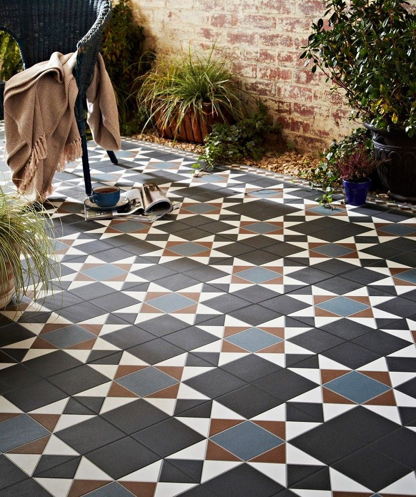Grosvenor Black/Blue Topps Tiles Garden tiles, Patio