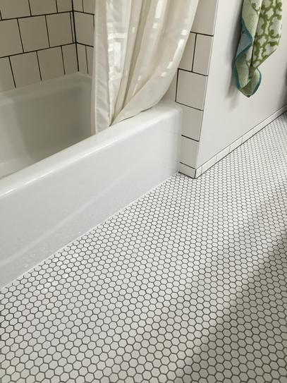 Merola Tile Metro Hex Glossy White 10 1 4 In X 11 3 4 In X 5 Mm Porcelain Mosaic Penny Tiles Bathroom Penny Tiles Bathroom Floor White Hexagon Tile Bathroom