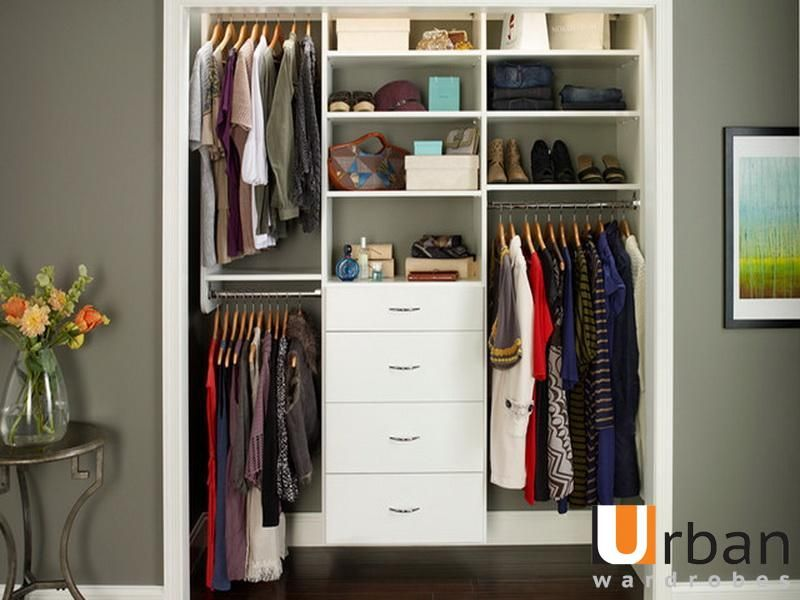 If you thought your small closet was not used to its max you weren if you thought your small closet was not used to its max you werent alone thinking the same here are a few tips on how to max every inch of the small solutioingenieria Images