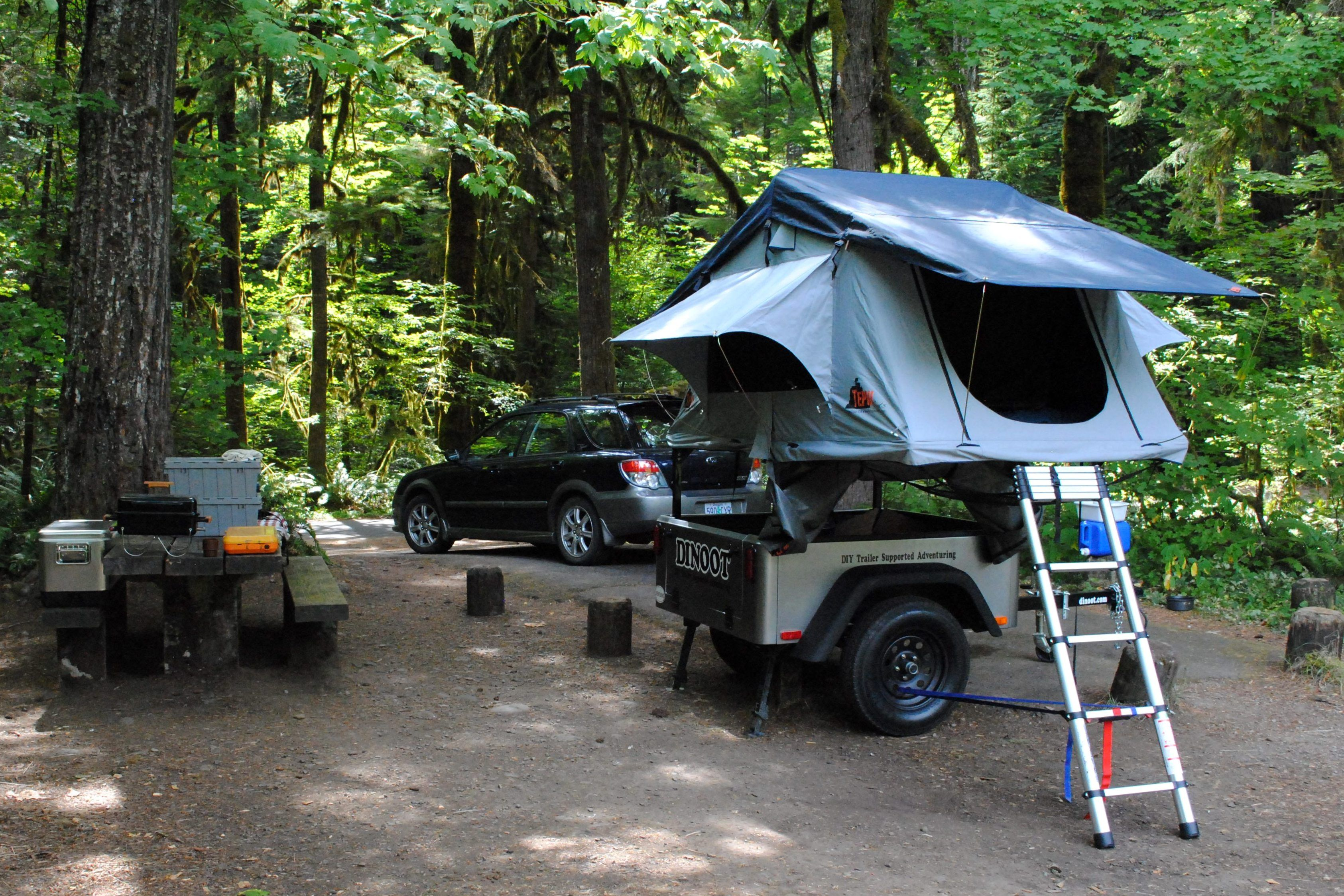 Tent Top It Get Out Of The Dirt Roof Top Tent From Top Tent Roof Top Tent Top Tents Camping Trailer