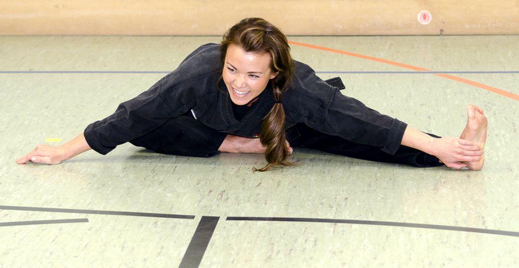 Pin en Mujeres practicando artes marciales