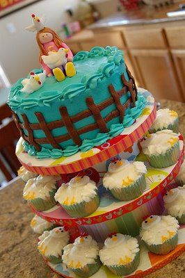 Barnyard Birthday Bash Brainstorm Chicken cupcakes Fancy cakes