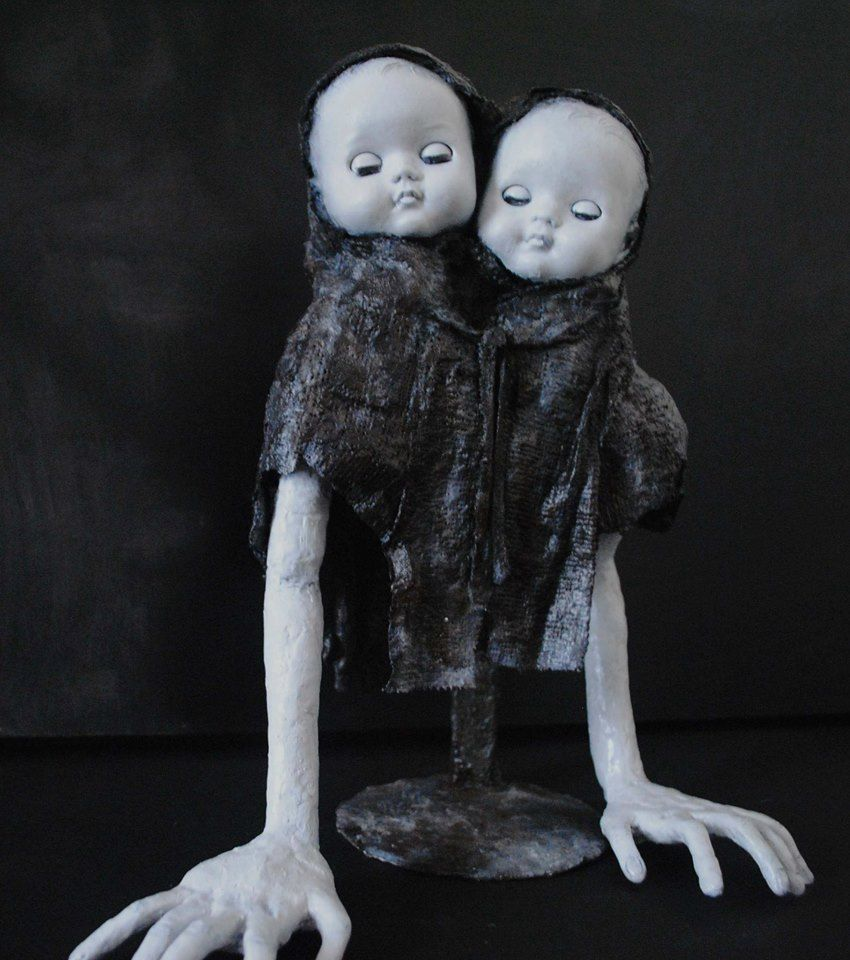 Twin Victim Doll Sculpture From Sh 4 The Room Sold Silent