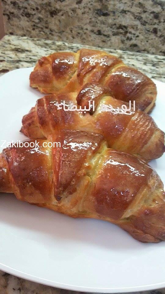 طريقة عمل الكرواسون خطوة بخطوة مع الشرح المفصل زاكي Middle East Recipes Recipes Food