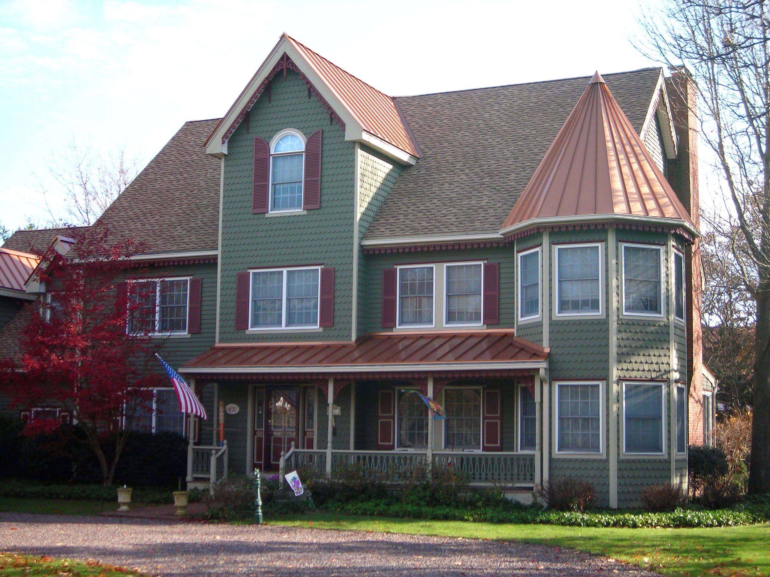 Metal Roof Accent Copper Roof House Farmhouse Exterior Colors Craftsman House