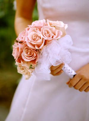 Tulle Wrapped Wedding Bouquets To Make A Ribbon Wrapped Handle