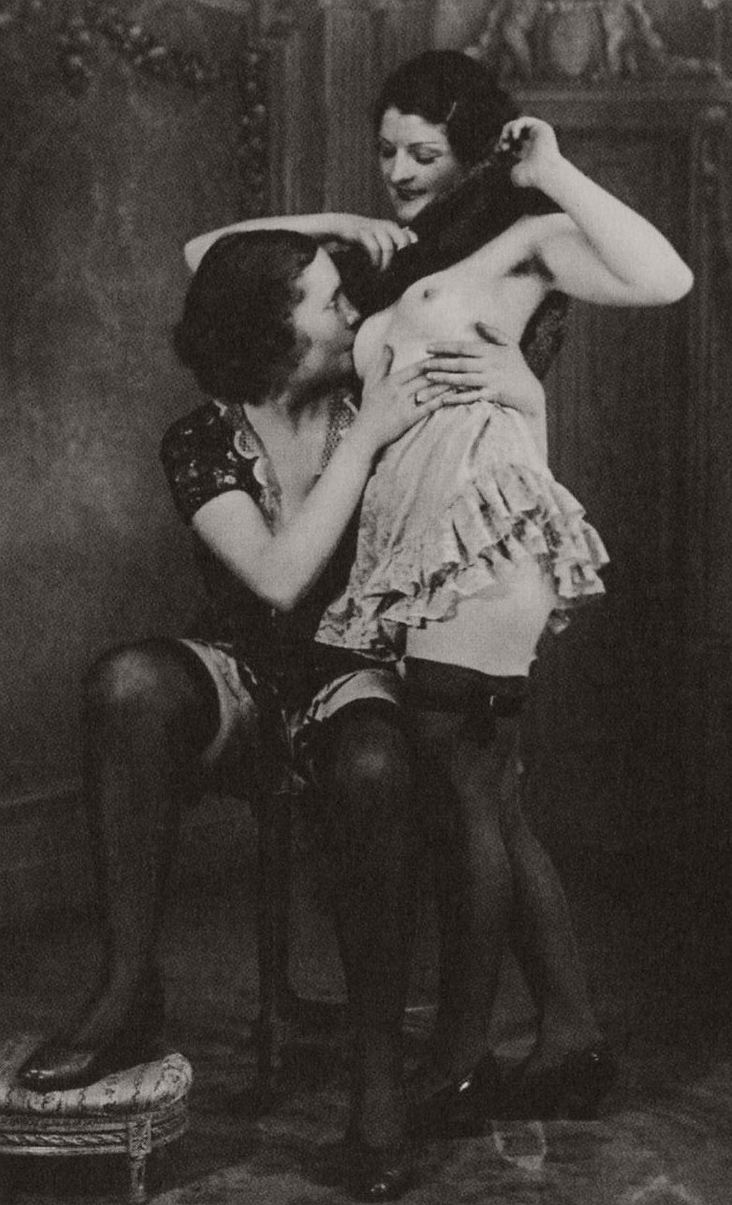 Pics Erotic vintage