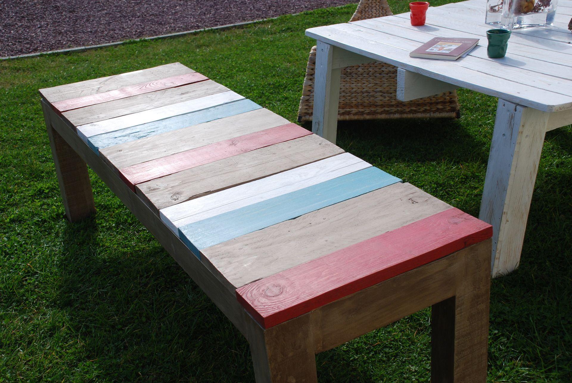 banc fait avec du bois de palettes palette les palettes. Black Bedroom Furniture Sets. Home Design Ideas