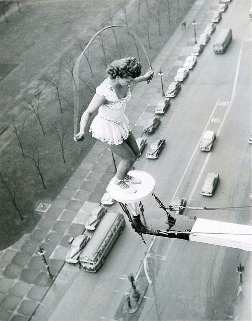 vintage everyday: Benny and Betty Fox Performing Atop of The Street in Chicago, 1949