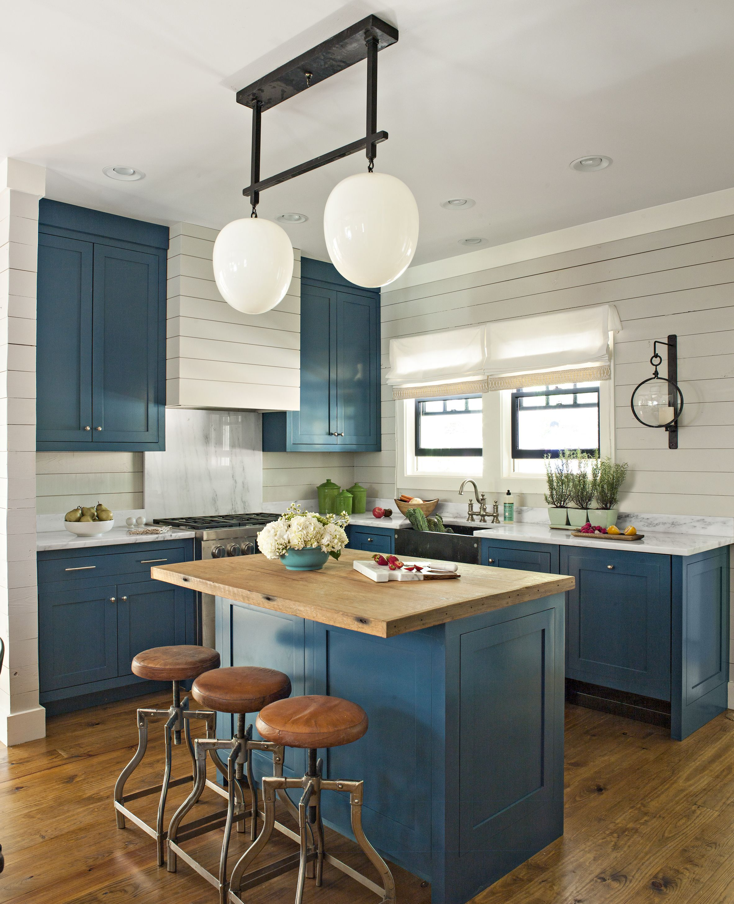 Idea House 2015 Cottage At Cloudland Station Kitchen Design Small New Kitchen Cabinets Kitchen Cabinet Colors
