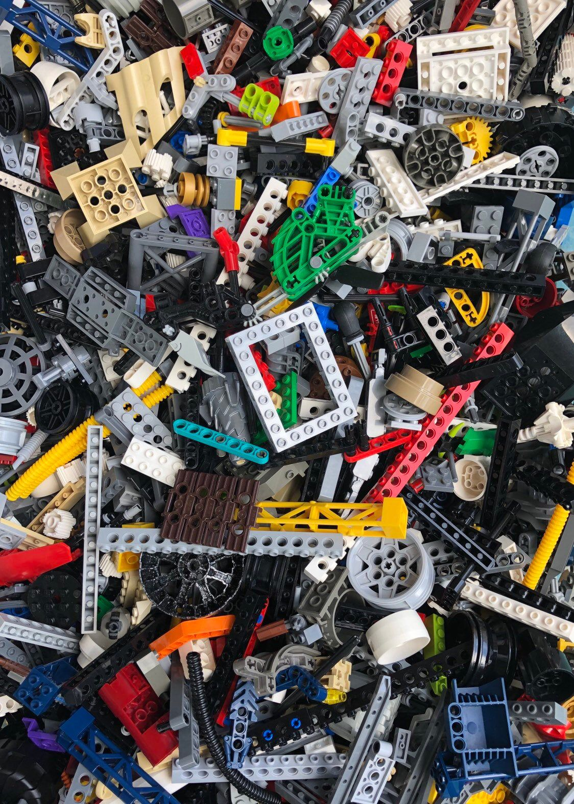 1 Minifigure Lego 1 Pound Mixed Assorted Genuine Bricks