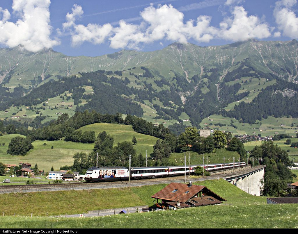 460 028 Sbb 460 At Frutigen Switzerland By Norbert Horvath