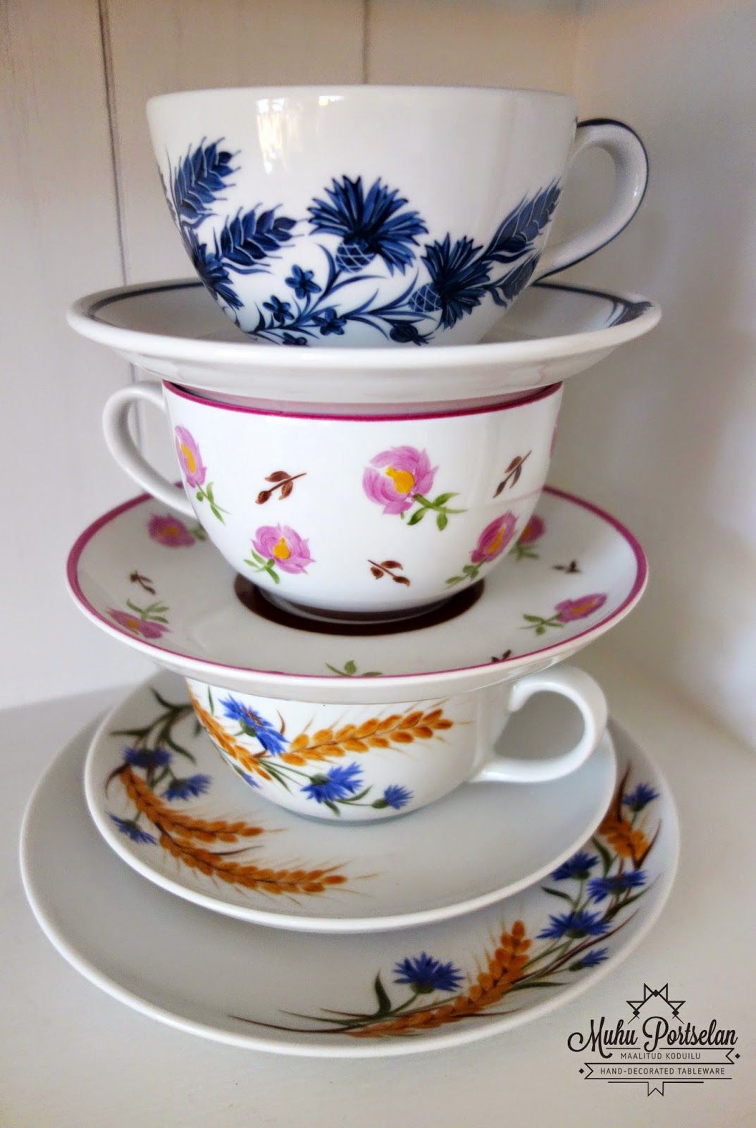 Examples of hand painted tea cups - www.muhuportselan.com