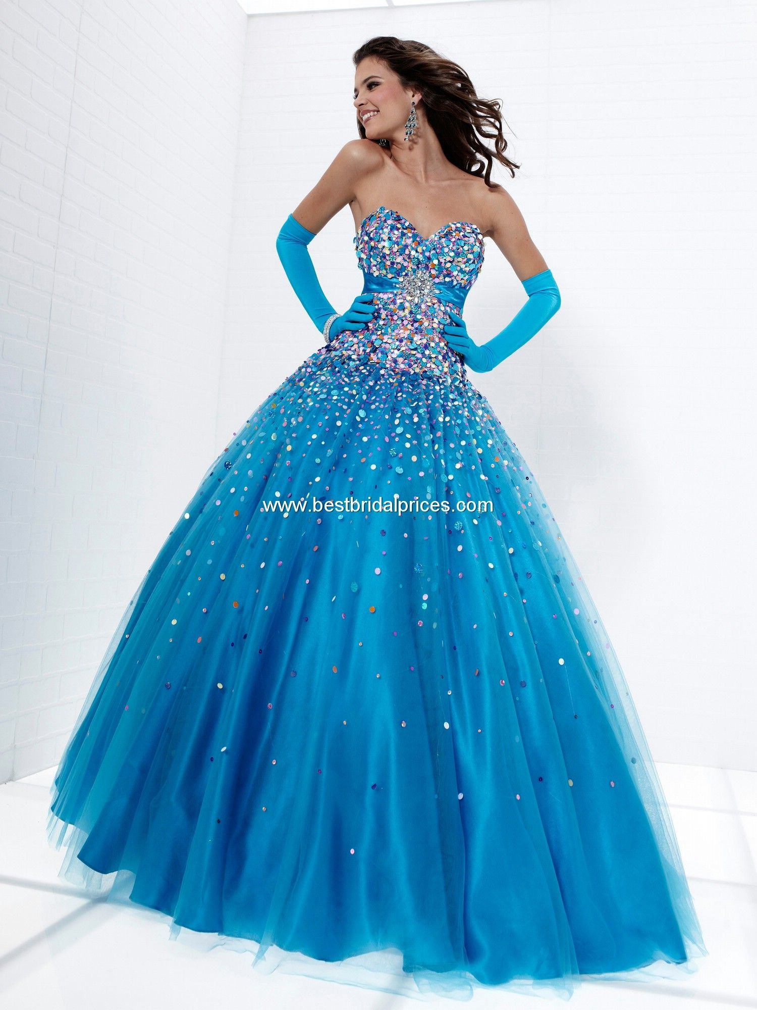 17 Best images about Beautiful Gowns on Pinterest | Evening ...