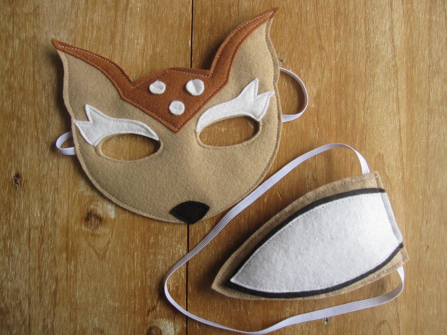 Felt Deer mask and tail. Ridiculously cute. | Woodland Party ...