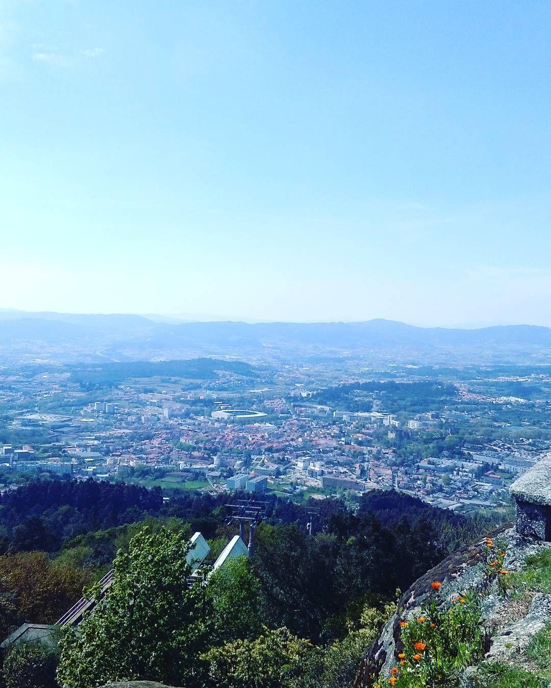 A cidade e a serra  #guimaraes #penha #fotografia  #nature_captures #nature #lovely  #faded_portugal #photolovers #skylovers #landscape #joy #hapiness by cristinapinheiro67