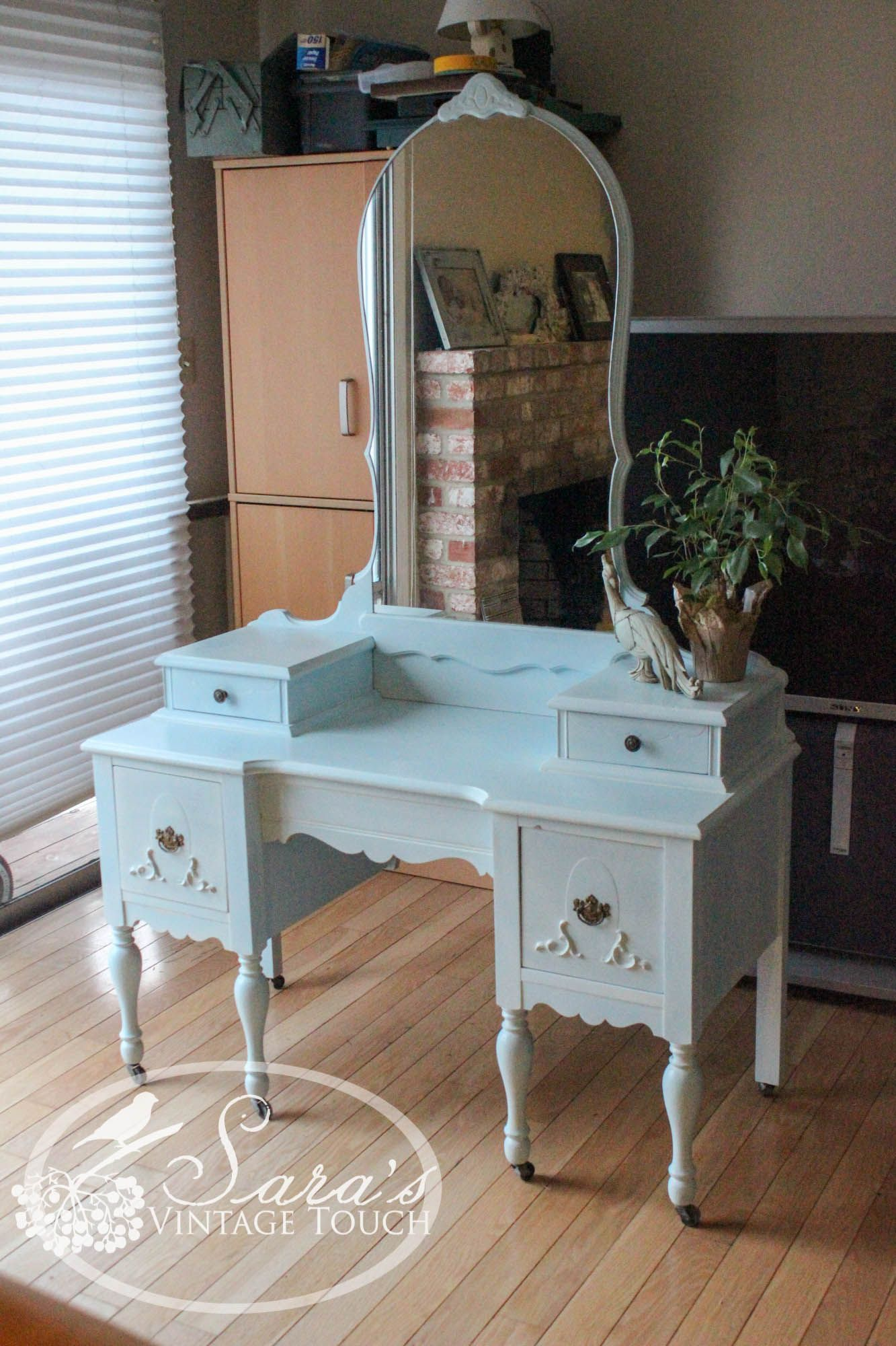 Antique makeup vanity / dressing table. Refinished in Maison Blanche's  chalk paint by Sara's Vintage Touch  https://www.facebook.com/SarasVintageTouch - Antique Makeup Vanity / Dressing Table. Refinished In Maison