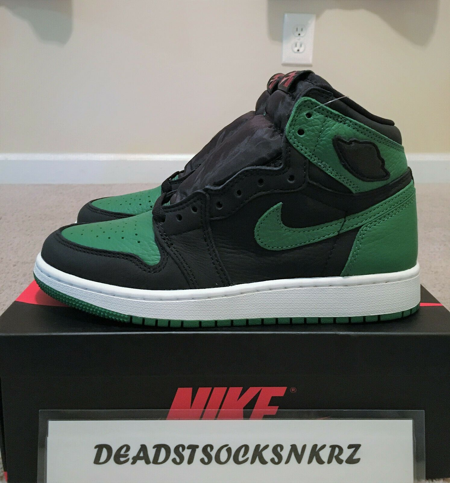 Details About Nike Air Jordan 1 Retro High Og Pine Green 2 0