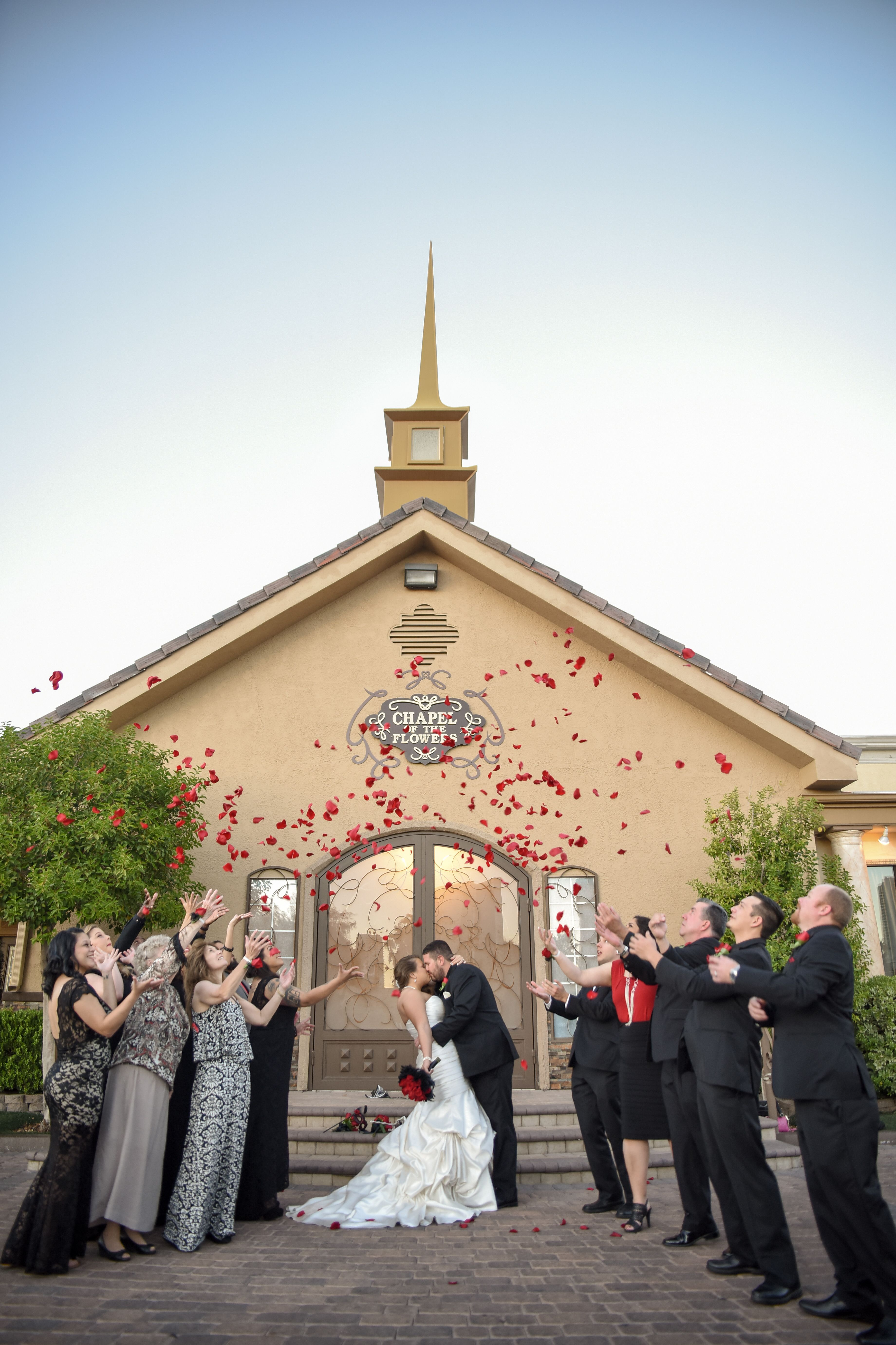 Compare Vegas Wedding Packages Chapel Of The Flowers Las Vegas Las Vegas Wedding Chapel Las Vegas Weddings Romantic Wedding Photos