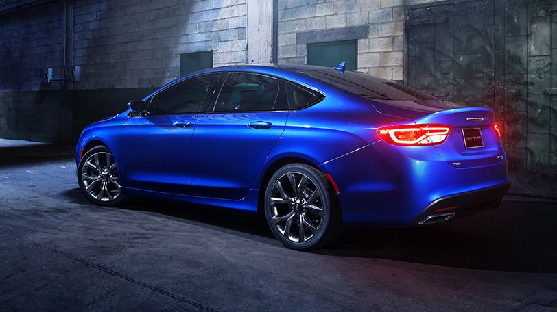 The All New 2015 Chrysler 200s Features Distinctive Character