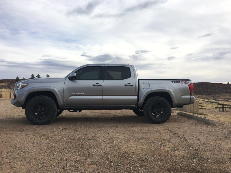 265/70/17 with 1.5 to 2in lift pics please Toyota