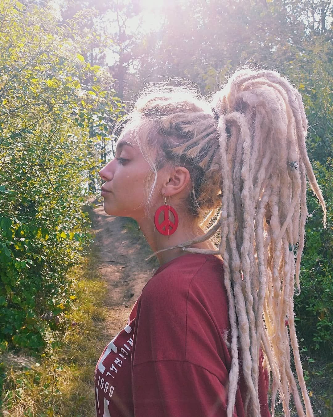 3 517 Curtidas 28 Comentarios Jefimija Stefanovic Jefiimijaa No Instagram Dreadlocks Girl Blonde Dreads White Girl Dreads